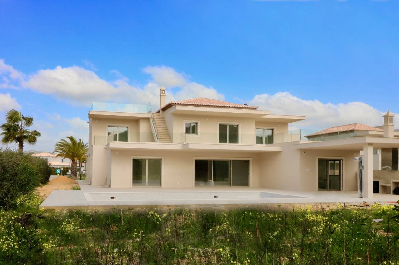 VILA SOL 5 BED VILLA NEW BUILD
