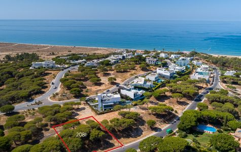 VALE DO LOBO INVESTMENT PLOT WALKING DISTANCE TO THE BEACH