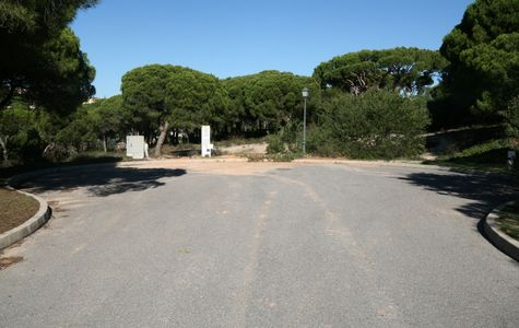 GOLF & BEACH BUILDING PLOT IN VALE DO LOBO