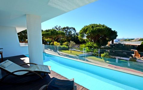 CHARMING 3 BEDROOM DUPLEX APARTMENT WITH PLUNGE POOL