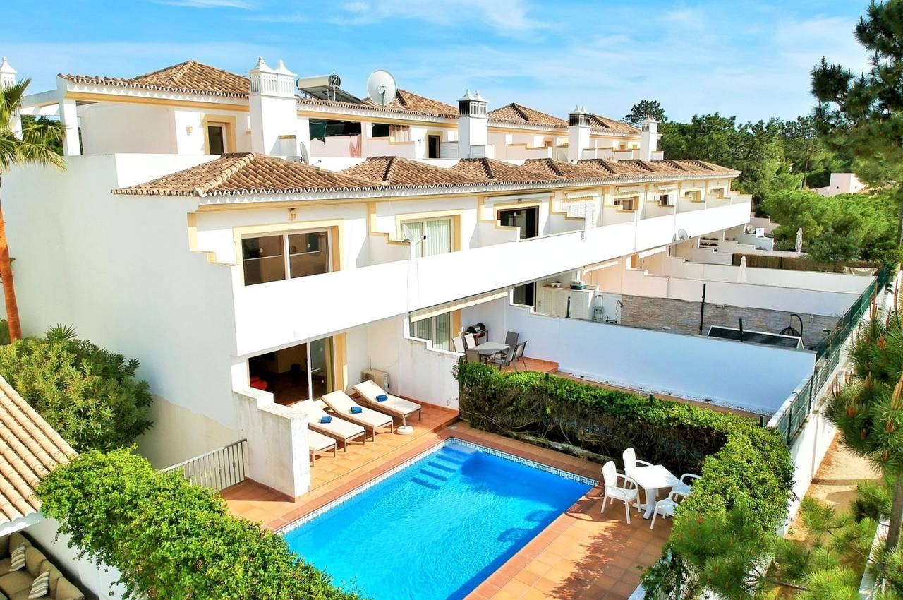 2 BEDROOM LINKED-VILLA WITH POOL
