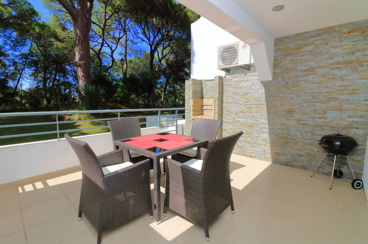 RENOVATED 1 BED APARTMENT IN VALE DO LOBO