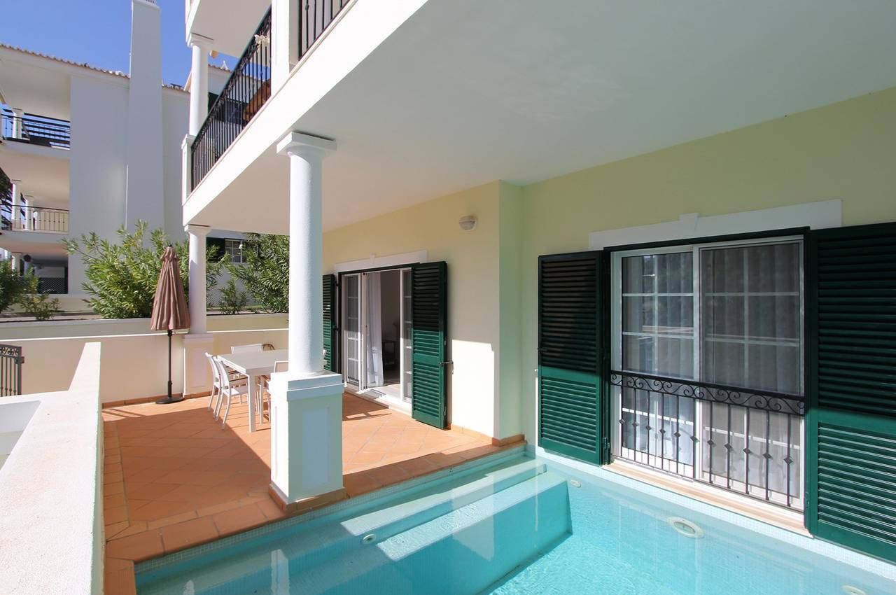 3 BEDROOM DUPLEX APARTMENT WITH PLUNGE POOL