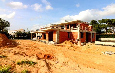 INVESTMENT VILLA UNDER CONSTRUCTION