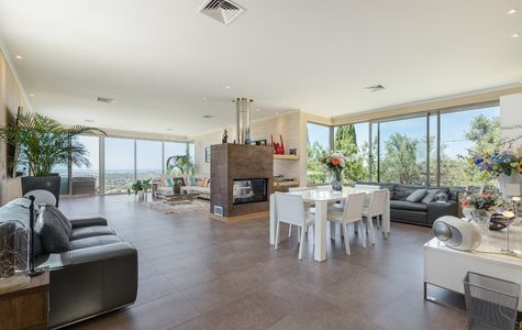 MODERN 4 BED VILLA WITH SPECTACULAR VIEWS