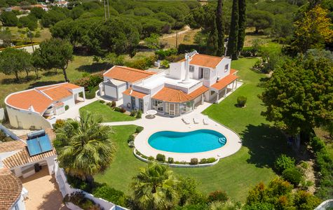 STUNNING 7 BED VILLA BETWEEN QUINTA DO LAGO AND VALE DO LOBO