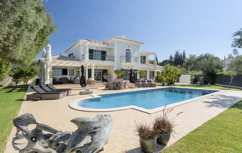 CHARMING 5 BED VILLA IN THE OUTSKIRTS OF ALMANCIL