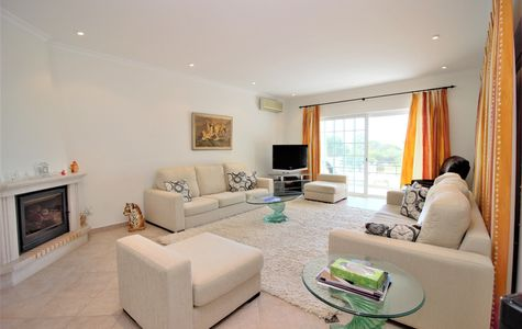 3 BEDROOM DUPLEX APARTMENT IN VALE DO LOBO