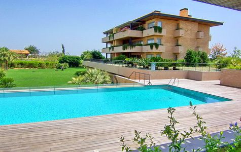 MODERN 3 BEDROOM APARTMENT WITH GOLF VIEWS IN VILAMOURA