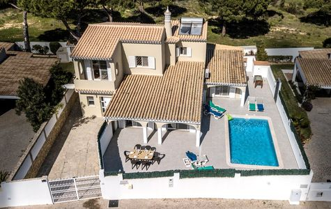 TRADITIONAL 3 BEDROOM VILLA NEAR VALE DO LOBO